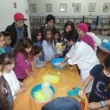 Workshops de Ciência para Crianças na Biblioteca Municipal Tomaz Ribeiro